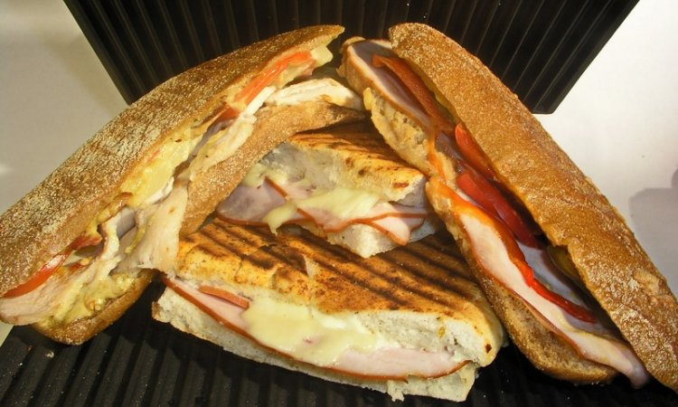 Maison Jouannet Le sandwich chaud Vichy